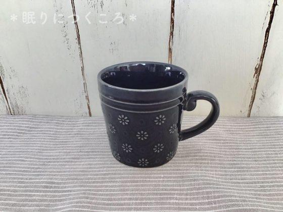 落ち着いたデザインで大人かわいい100均セリアの花柄マグカップ