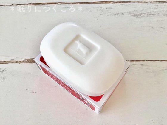 型押しの牛模様がかわいい牛乳石鹸の赤箱中身