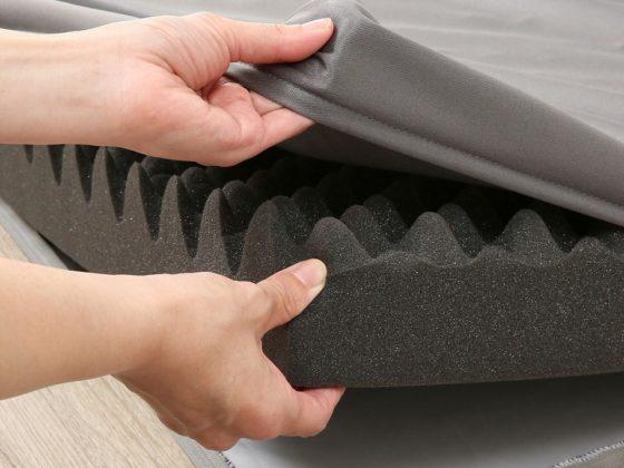 外カバーが外せて洗濯機で洗えるニトリの点で支える体圧分散敷布団